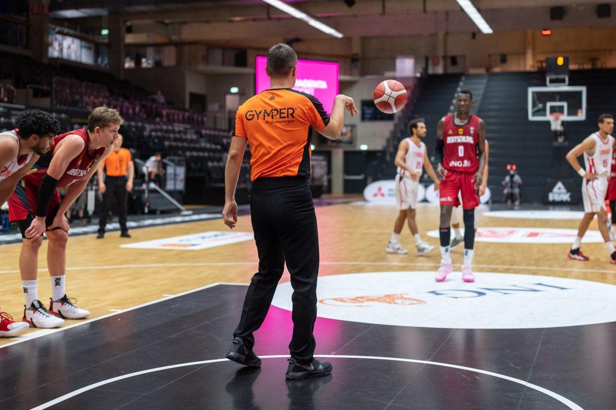 GYMPER beim Basketball-Supercup.